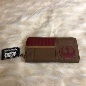 NWT Star Wars disney loungefly wallet